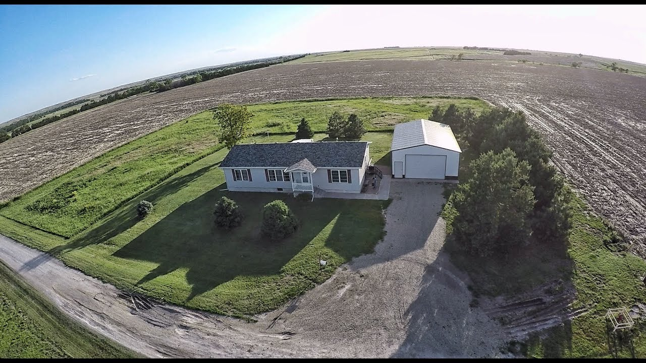 2 Acres Country Home Amp Shop Building Phillips County Ks